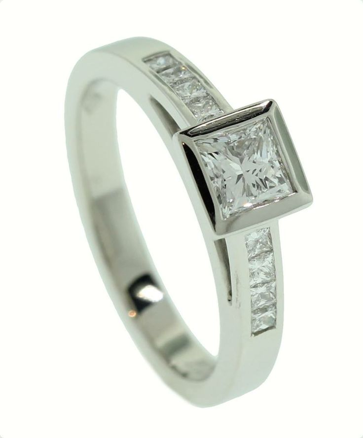 Princess cut diamond ring - Brisbane Jeweller - Engagement Rings ...
