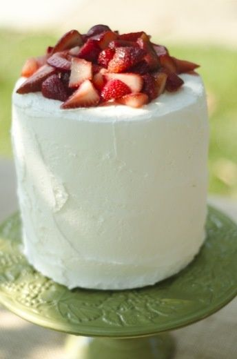 Gluten Free Strawberry Vanilla Cake | gluten free | Pinterest
