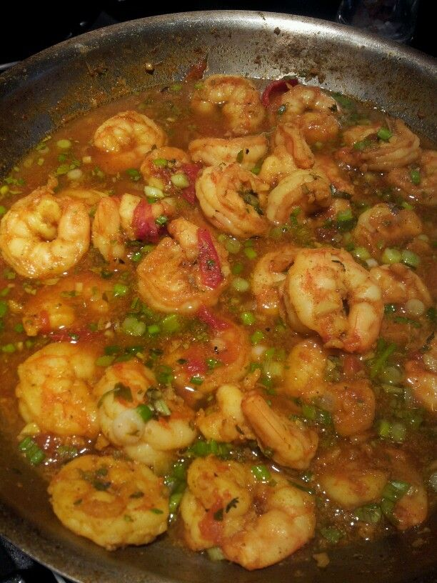 Curried shrimp cooking