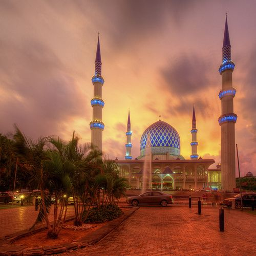 Shah alam mosque malaysia