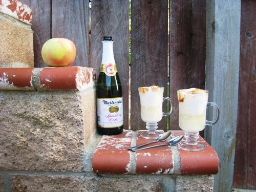 Apple Cider Floats - easy floats to make with ice cream, apple cider ...