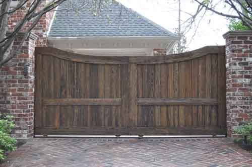 Front gate - private for residence