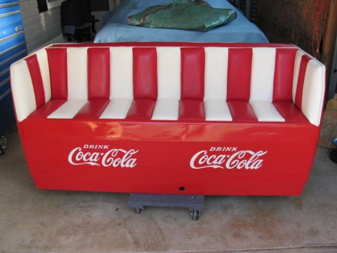 Coca cola cooler couch 1500 coca cola coke pinterest for Coole couch