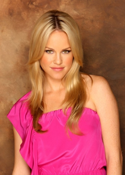 Julie marie berman was a usc kappa kappa gamma actress on general
