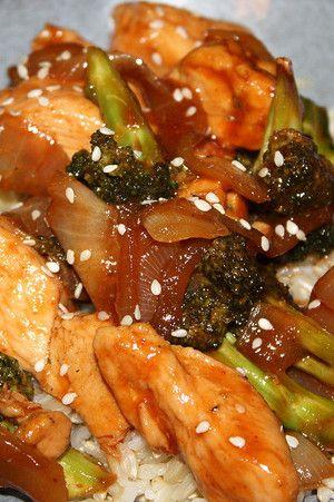 Sriracha Glazed Chicken with Onions & Broccoli
