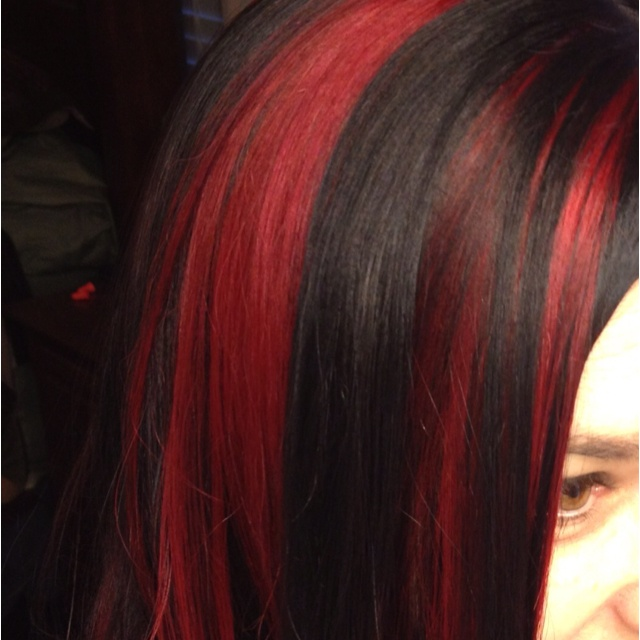 Black Hair With Red Streaks   Dark Brown Hairs