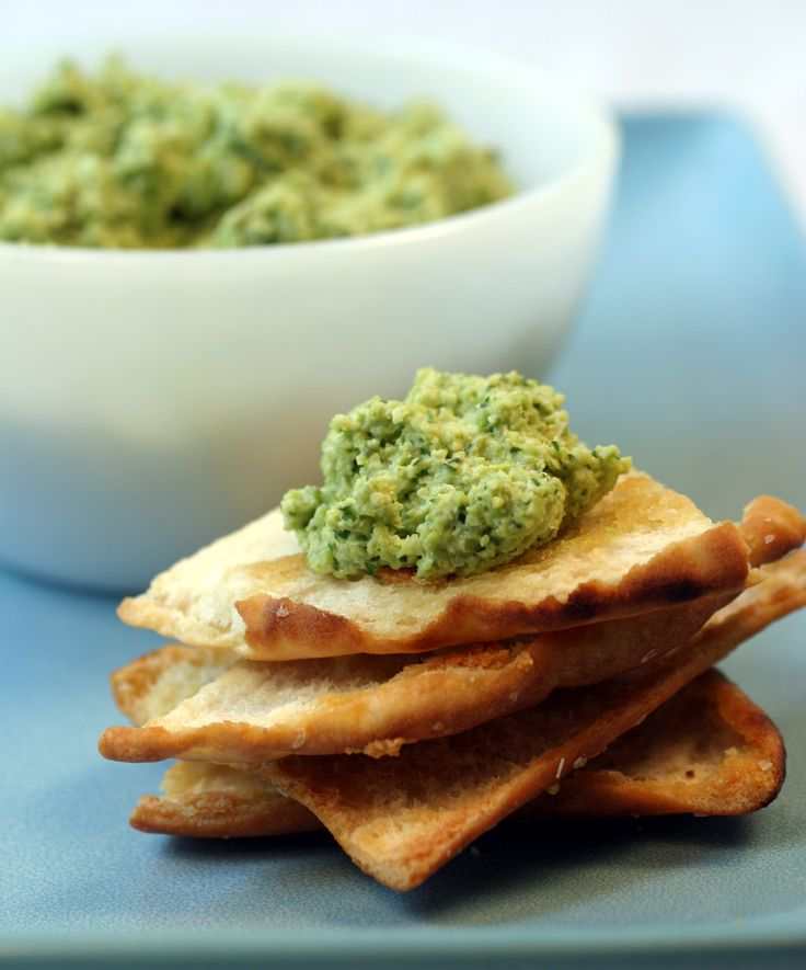 Edamame dip w/ pita chips Yummy play on hummus! make your own garlic ...