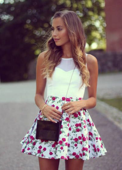 A lovely pretty cute floral mini skirt