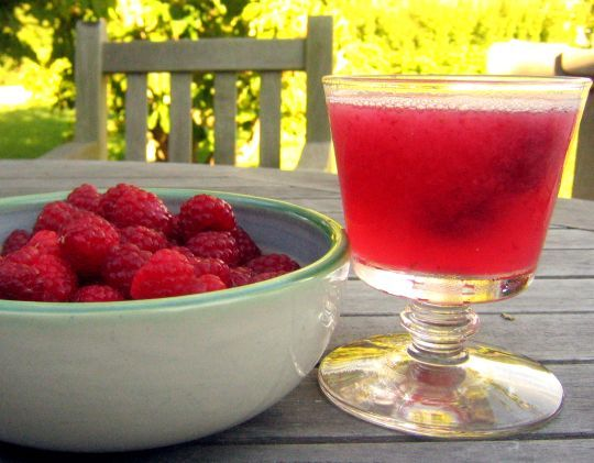 Raspberry Limeade Cooler