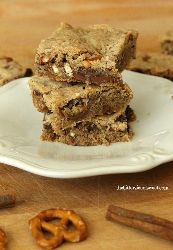 Cinnamon Chocolate Pretzel Blondies - theBitterSideofSweet