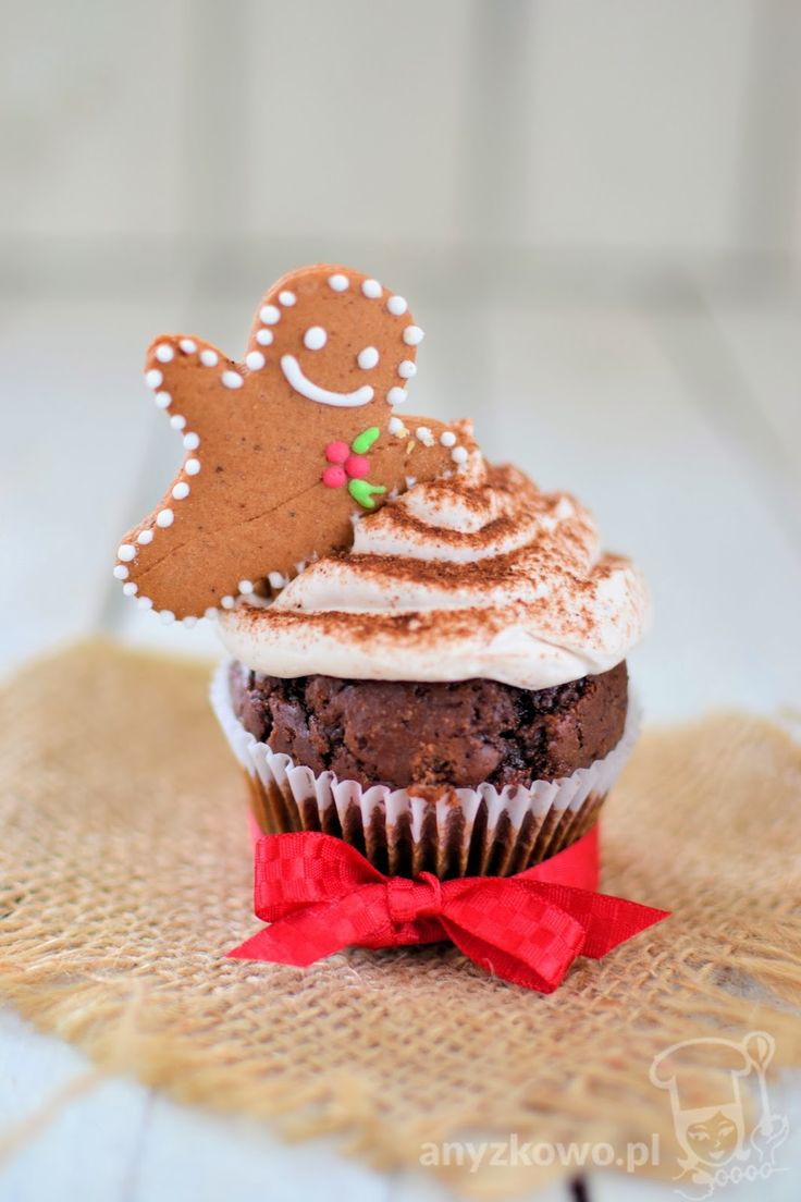 "Gingerbread Cupcakes Use the ""roller"" to make mini gingerboys to pu..."
