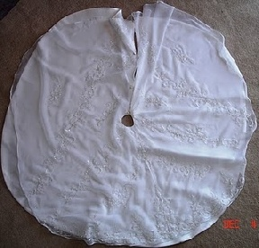 Christmas tree skirts from wedding gowns christmas pinterest