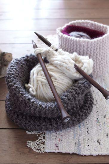 die stricksaison steht vor der t r stricken leicht gemacht blog. Black Bedroom Furniture Sets. Home Design Ideas