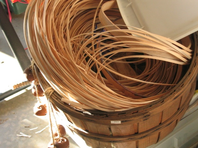 Basket Weaving With Reeds : Reed for making baskets