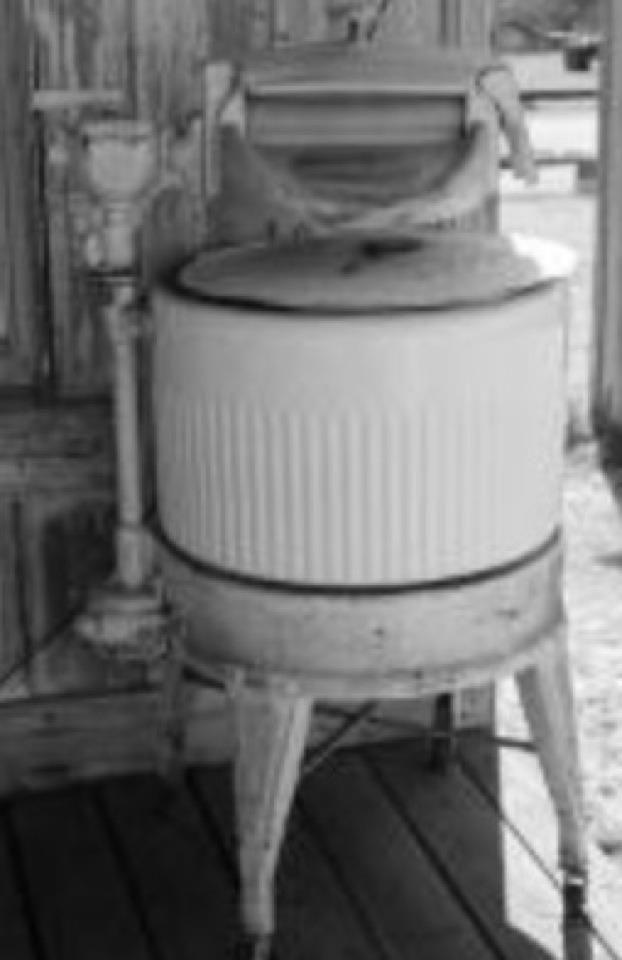 Old Washing Machine ~ Washing machine old