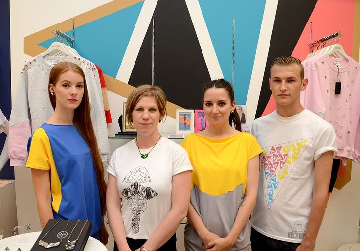 #BringingFashionHome designers @georgiawiseman and @rebeccatorres in their collaborative pop-up area with models