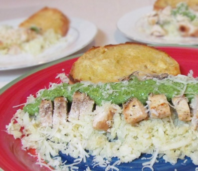 """Spinach Pesto Grilled Chicken over Cauliflower """"Rice""""~ What can I s..."""