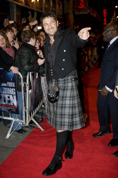 Gerard Butler in a kilt. Does anything sexier even exist?