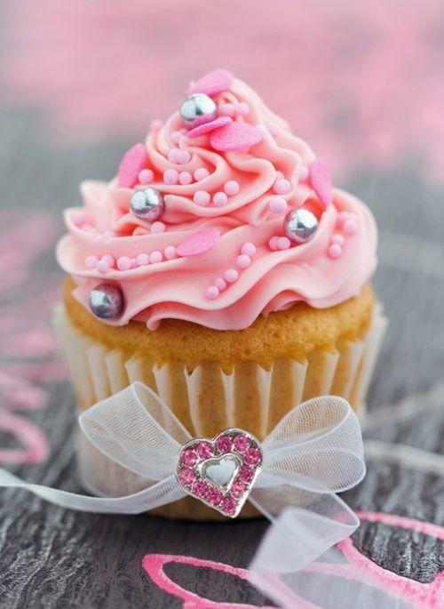 Lovely_Valentine_cupcake, love, valentine, cupcakes, food, dessert, cupcake, romantic cupcakes, pink, silver, pearls, ribbon, love heart