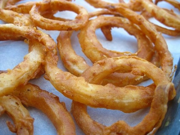 Buttermilk Onion Rings | Recipes & Foods | Pinterest