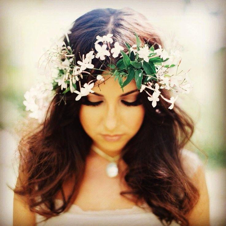 Idée coiffure : coiffure cheveux libres pour mariage, soirée ou ...