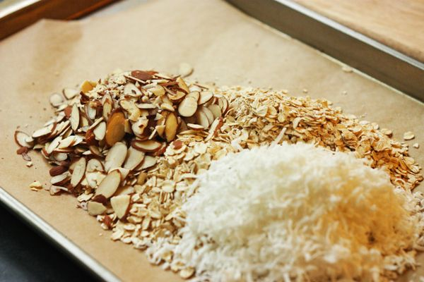 Coconut Almond Granola | recipes i want to try | Pinterest