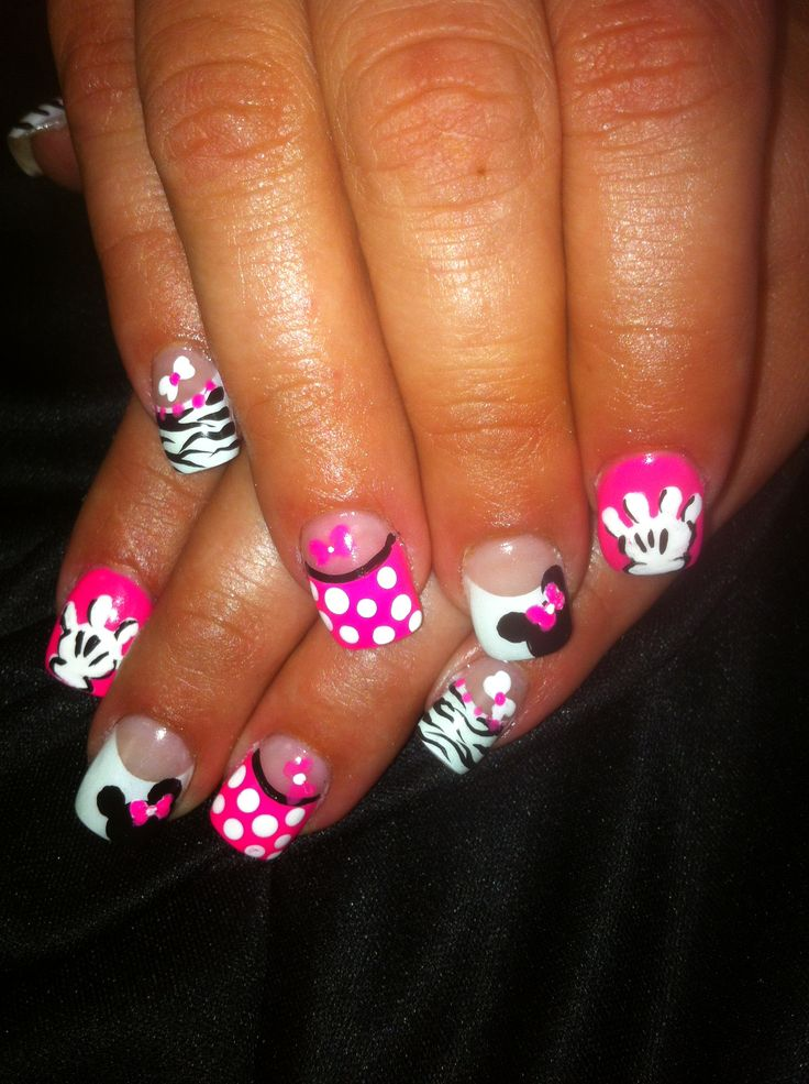 uñas de minnie y mickey mouse