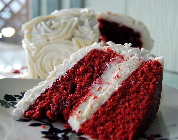 Red Velvet Cheesecake Layer Cake | | Baked Delights | Pinterest