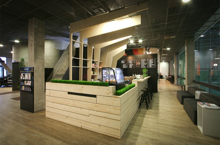 Soko juice bar designed by a01 architektai 2012 | Interior design