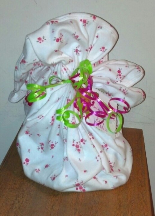 Baby Gift Wrapping Ideas Pinterest : Baby gift wrapping idea time
