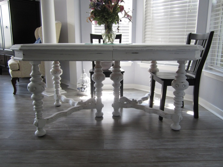Shabby chic dining room table.  Dining Room Tables  Pinterest