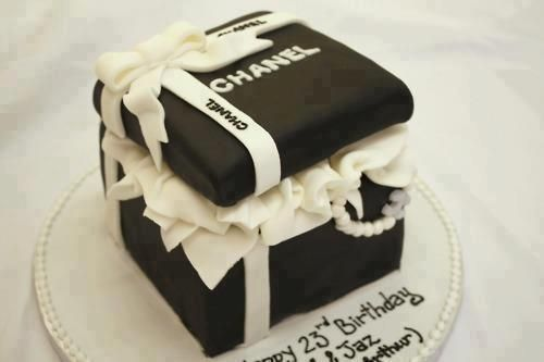 Birthday Cake Pictures Chanel : chanel birthday cake   foods & drinks Pinterest