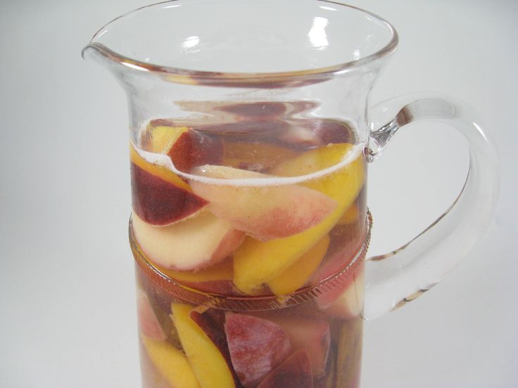 Sangria Blanca Recipe — Dishmaps
