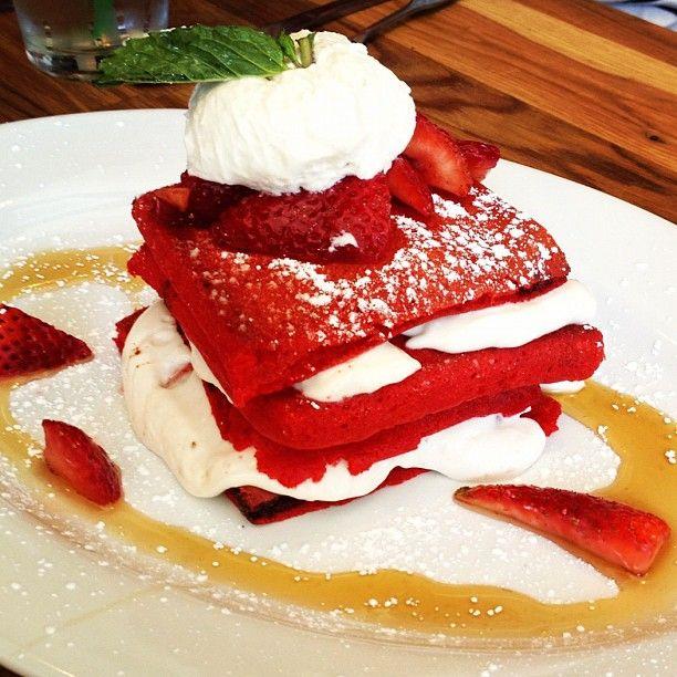 Red. Velvet. Pancakes. | Delicioso | Pinterest