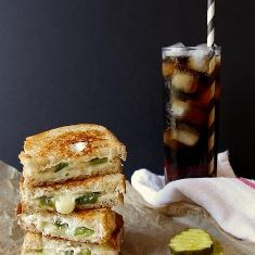 Pepper Jack Grilled Cheese Sandwiches | foood | Pinterest