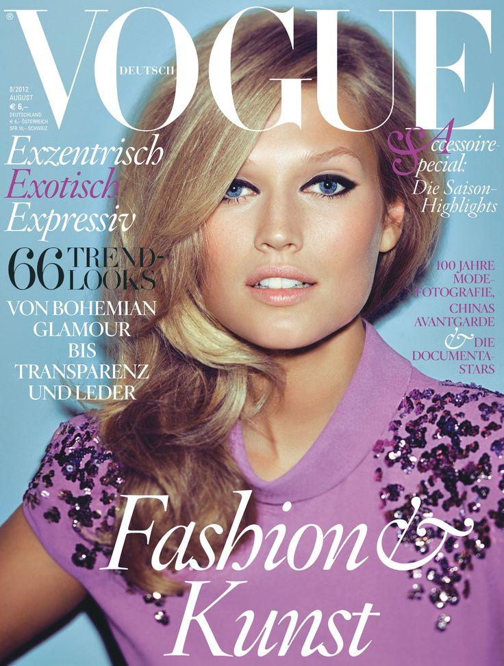 VOGUE im August. Covermodel der Ausgabe ist Toni Garrn, fotografiert von Alexi Lubomirski