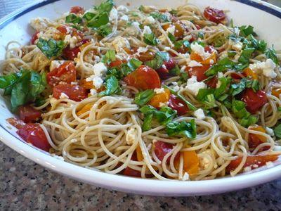 Roasted Tomato and Feta pasta | Kitchen Klutz | Pinterest