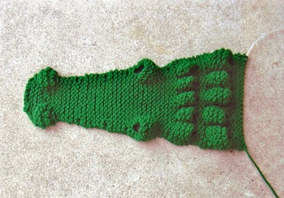 FREE KNITTING PATTERN FOR ALLIGATOR SCARF   KNITTING PATTERN