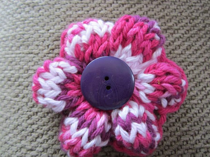 Simple Knit Flower, free pattern Knit-Purl Pinterest