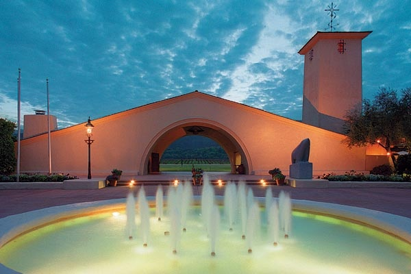 Robert Mondavi Winery - With his belief that the Napa Valley could be the center of a gracious lifestyle embracing wine, food, and art, Robert Mondavi built the valley's first major winery since Prohibition in 1966.