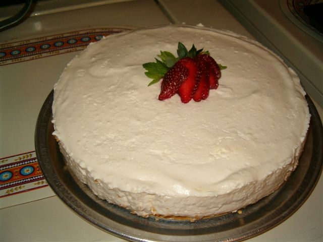 Amaretto Cheesecake Mousse - so yummy--from friend Linda Sousa who is ...
