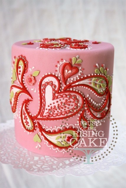 heart paisley cake by Sally Bratt @RisingCake