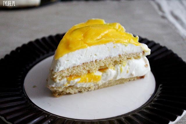 Mango cake with Mascarpone Cream | Sugar Hi: YUM | Pinterest