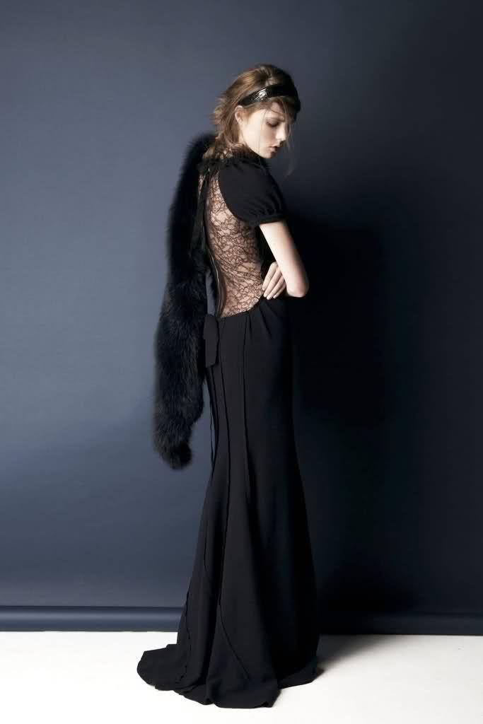 Vintage Look: Nina Ricci 2011