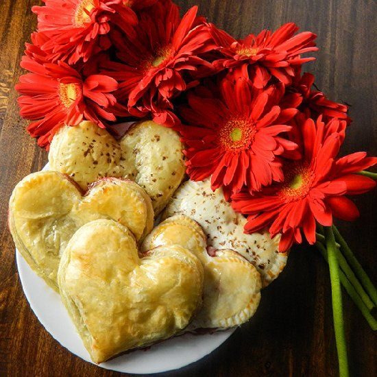 Strawberry Chocolate Hand Pies | Easy as Pie | Pinterest