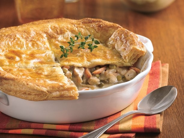 Chicken Pot Pie with Flaky Crust... gonna try this reciepe in a muffin ...