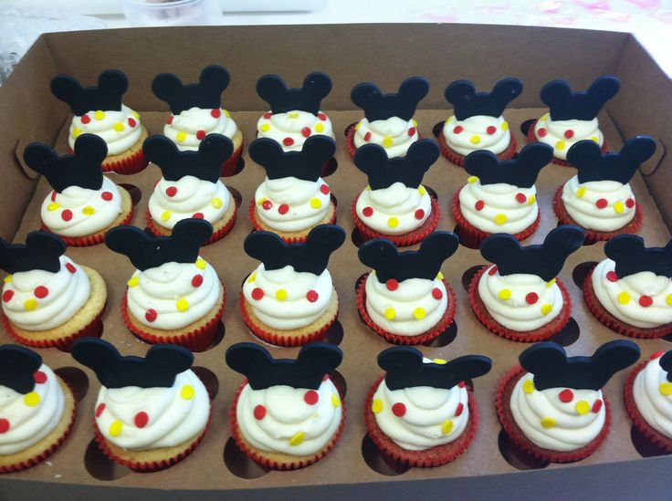 Pinned by Amanda UsiltonMickey Mouse 1st Birthday Cupcakes