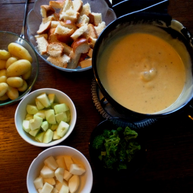 swiss cheese fondue | Food and drink | Pinterest