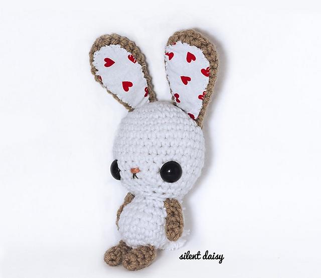 Kawaii Bunny Amigurumi pattern by Crissy Maciel