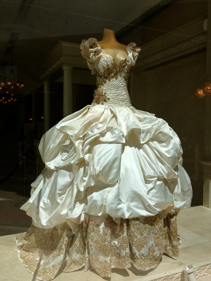 Baracci beverly hills drawing fantasy gowns pinterest for Beverly hills wedding dresses